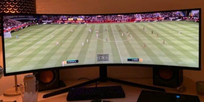 Voir le terrain au complet dans FIFA